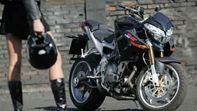 Moto M1