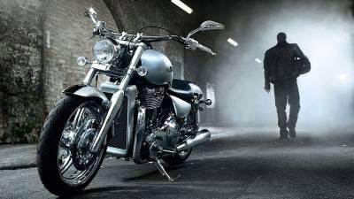 Moto M2